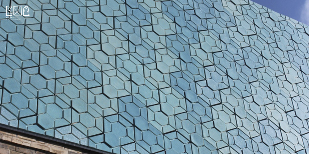 01-hexagono-ceramico-doble-york-art-gallery-ceramica-a-mano-alzada