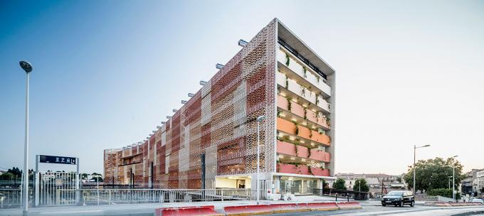 premios-ascer-arquitectura-2015-mencion-ceramica-a-mano-alzada-01