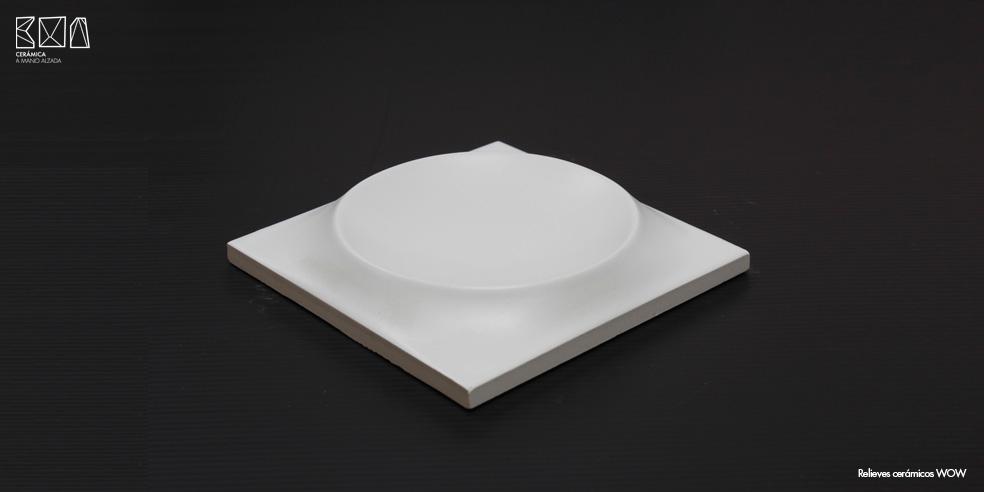 Relieves-ceramicos-WOW-tipologia-relieve-RCW005-pieza-ceramica-a-mano-alzada