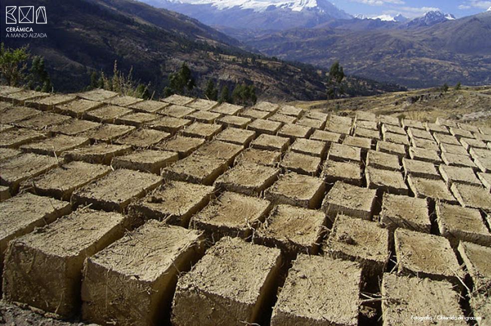adobe-iqraa.es-recursos-arabes-ceramica-a-mano-alzada