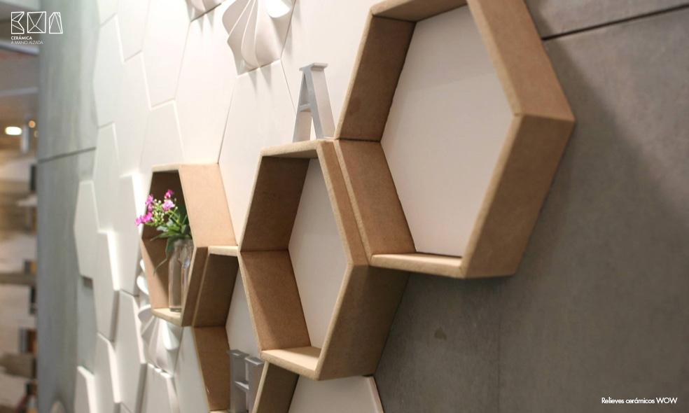 Relieves-ceramicos-WOW-ambiente-005-relieve-RCW008-ceramica-a-mano-alzada