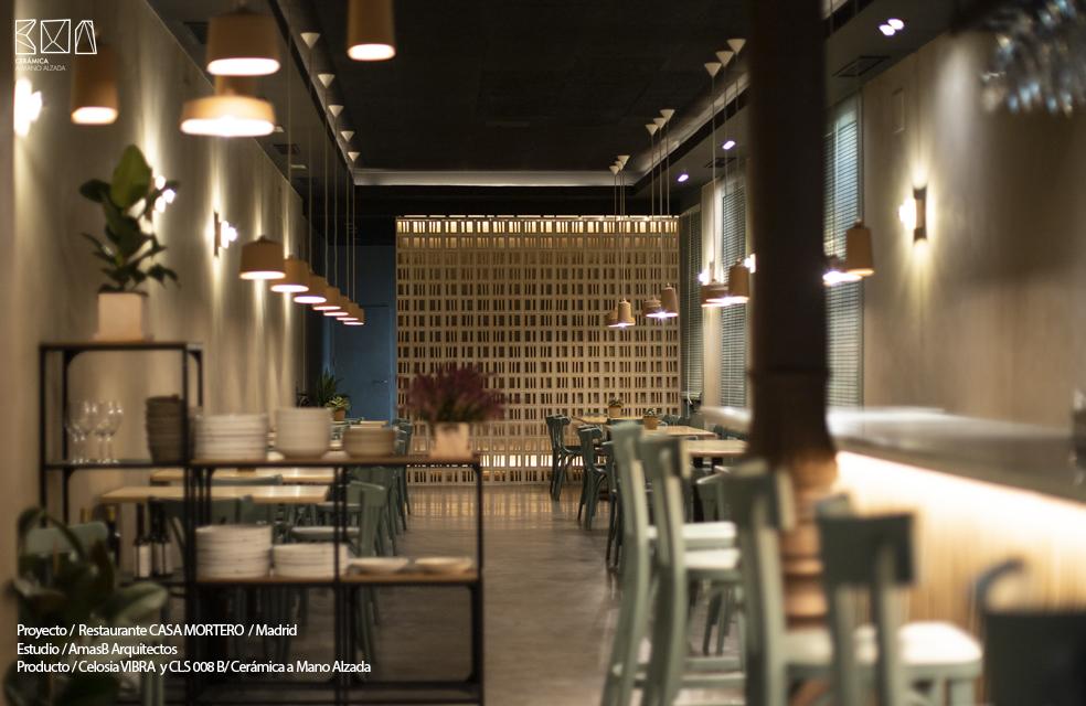 celosia ceramica vibra restaurante Casa Mortero madrid sala ceramica a Mano Alzada