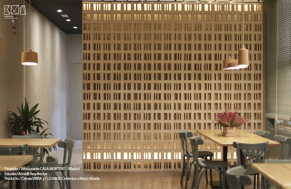 celosia ceramica vibra restaurante casa mortero madrid sala 2 ceramica a Mano Alzada