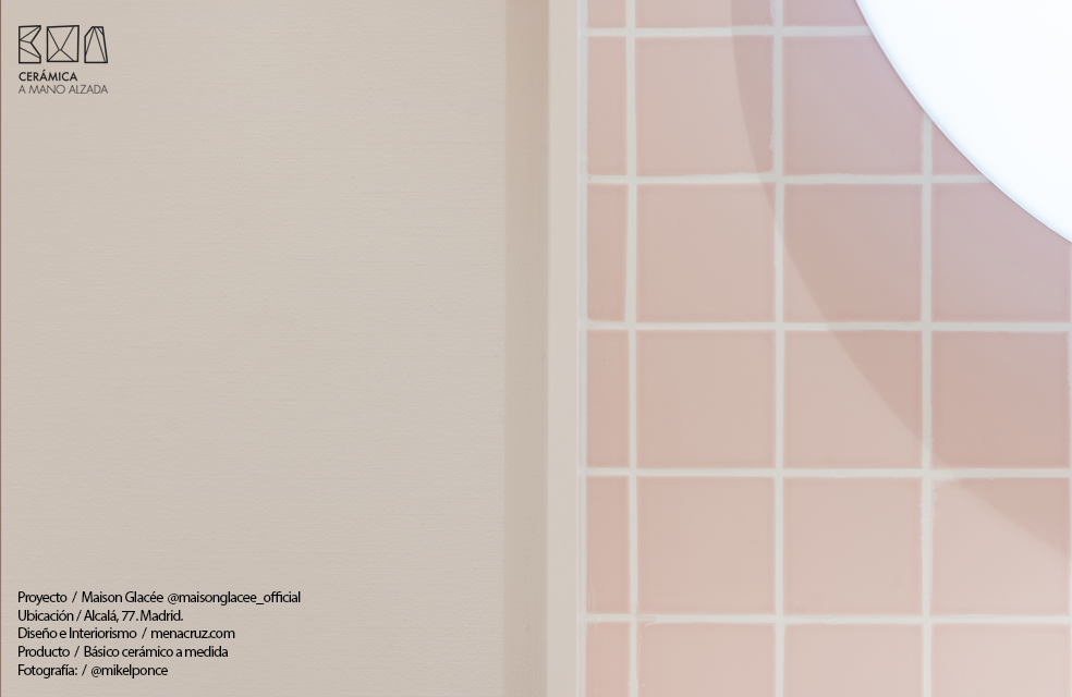 azulejo de ceramica a medida color personalizado basico mate ceramico a medida 10x10 heladería Maison Glacee Madrid Moulin Chocolat ceramica a mano alzada